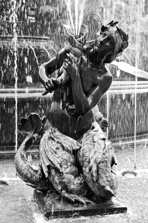 Mendoza Park fountain