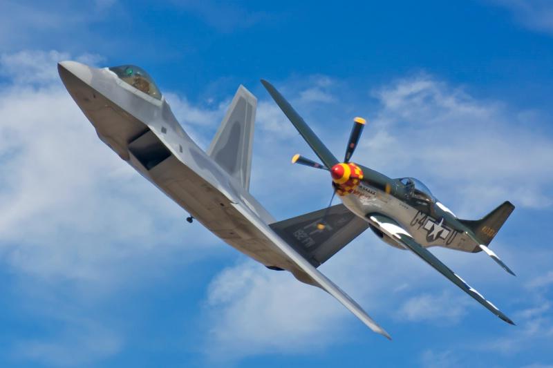 Mustang & F-22  Raptor