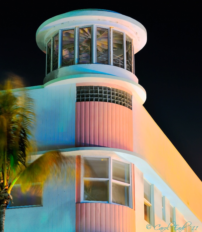 Waldorf Towers South Beach