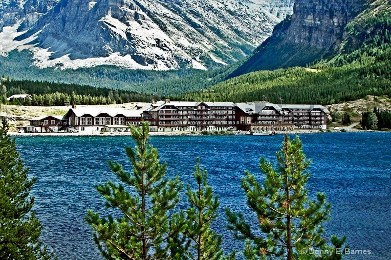 Many Glacier Hotel,  MT