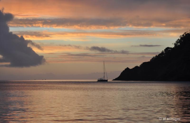 Yacht returns to Whangaparapara dsc 0079