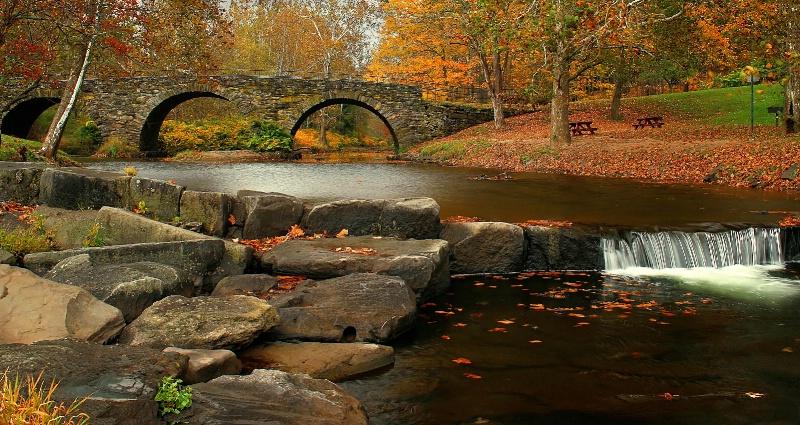 Stone Arch Bridge Park