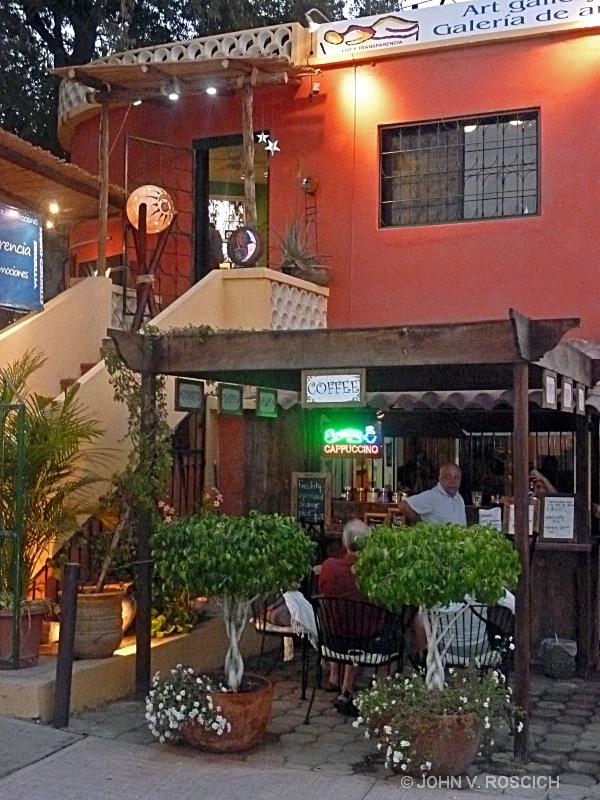 COFFEE SHOP. SAN JOSE DEL CABO, MEXICO