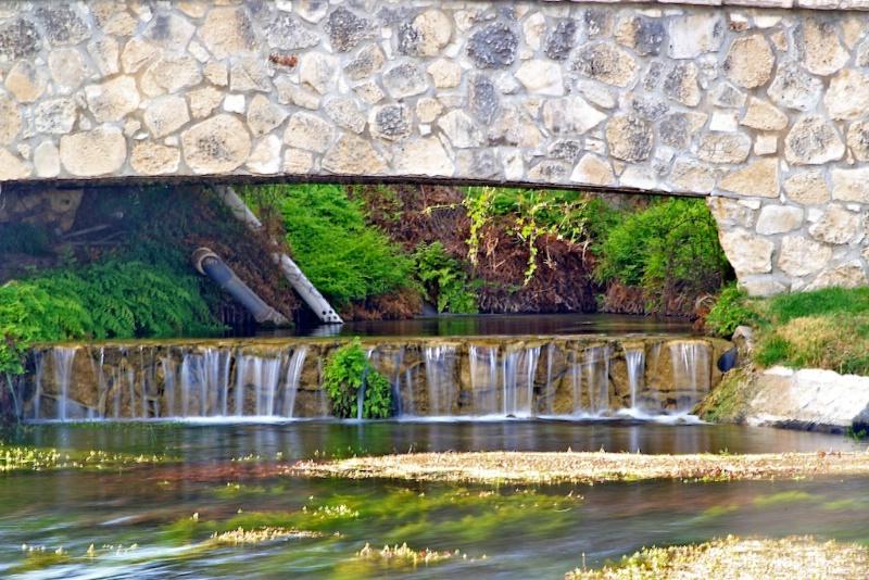 Caroline Springs, Independence Creek