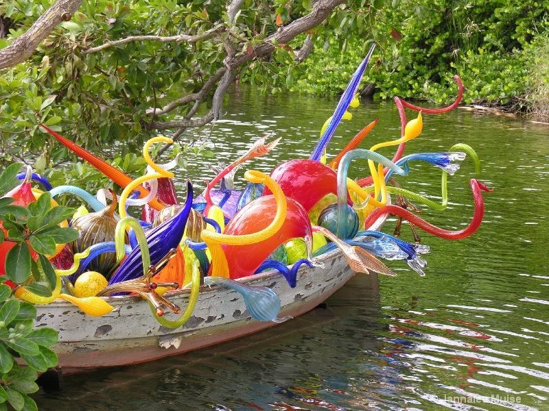 Chihuly at Fairchild, Miami boat