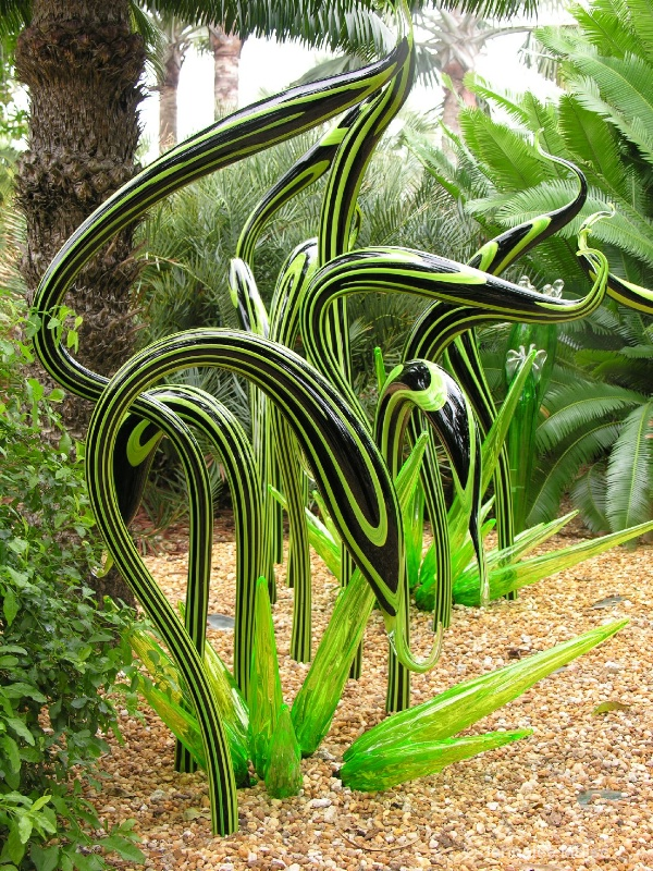 Chihuly at Fairchild Miami Swans