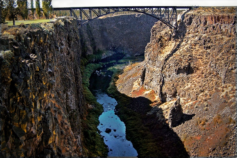 Crooked River Gorge