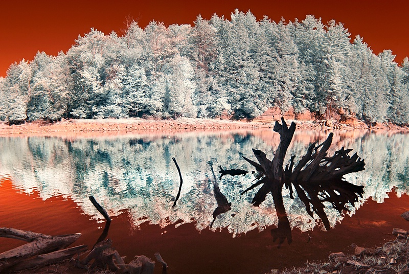Lake of Fire & Ice (IR)