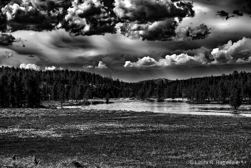 Coming storm in Yellowstone