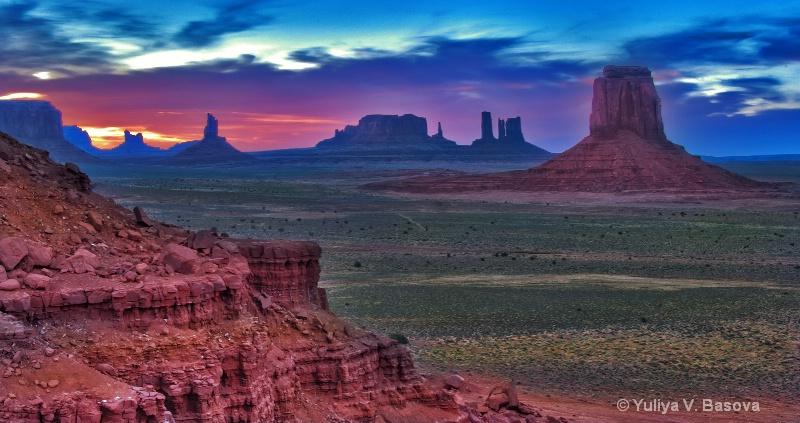 Monument Valley Navajo Tribal Park, AZ-UT