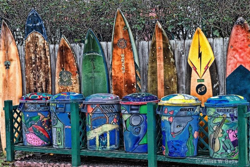 Trash Surfer