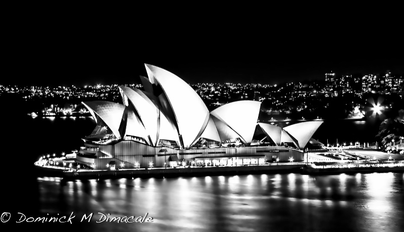 ~ ~ SYDNEY OPERA HOUSE BY THE HANGER ~ ~