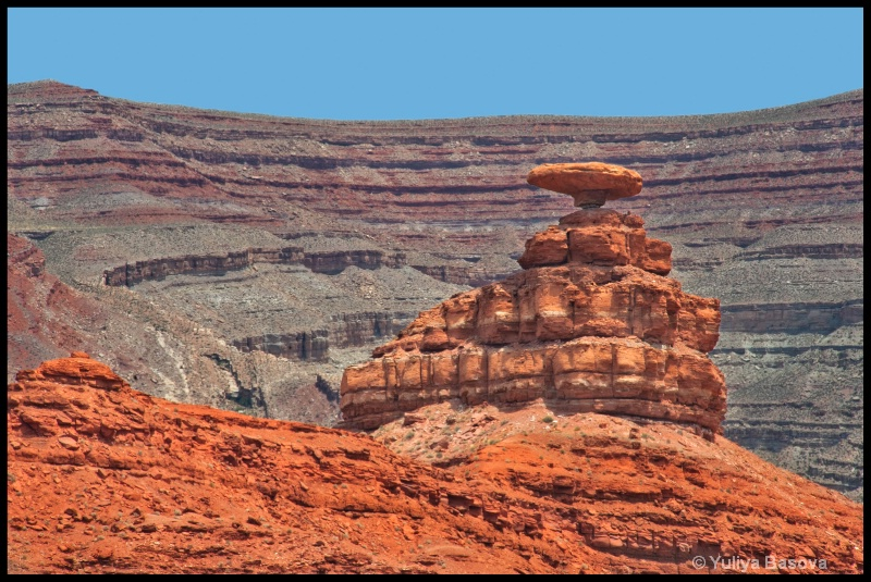 The Hat Rock (Mexican Hat)<p>