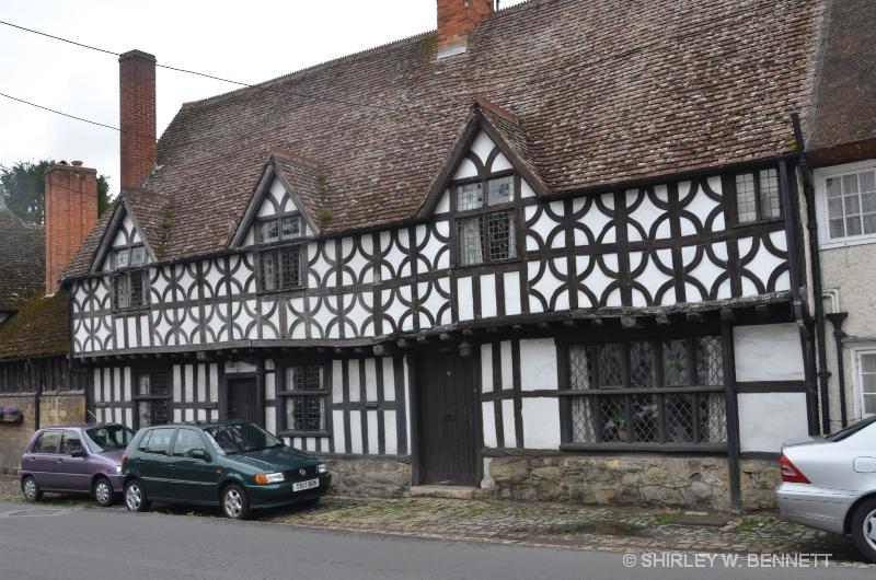 OLDEST BUILDING IN POTTERNE