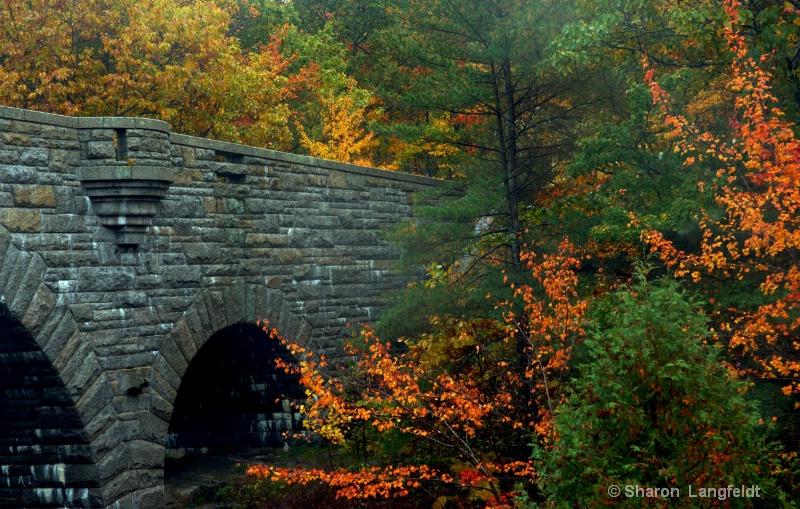 Triple Arch Bridge
