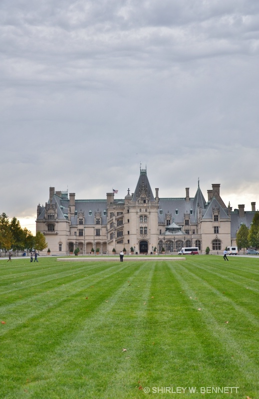 LONG VIEW OF FRONT OF BILTMORE