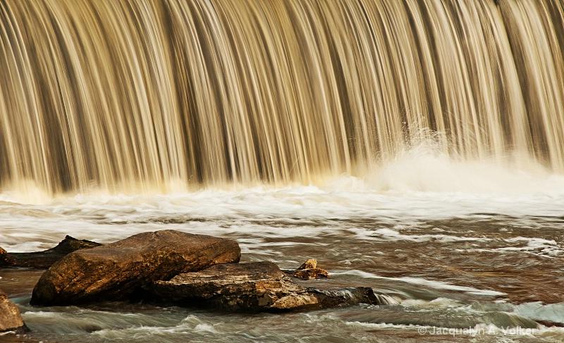 Silken Waters II!