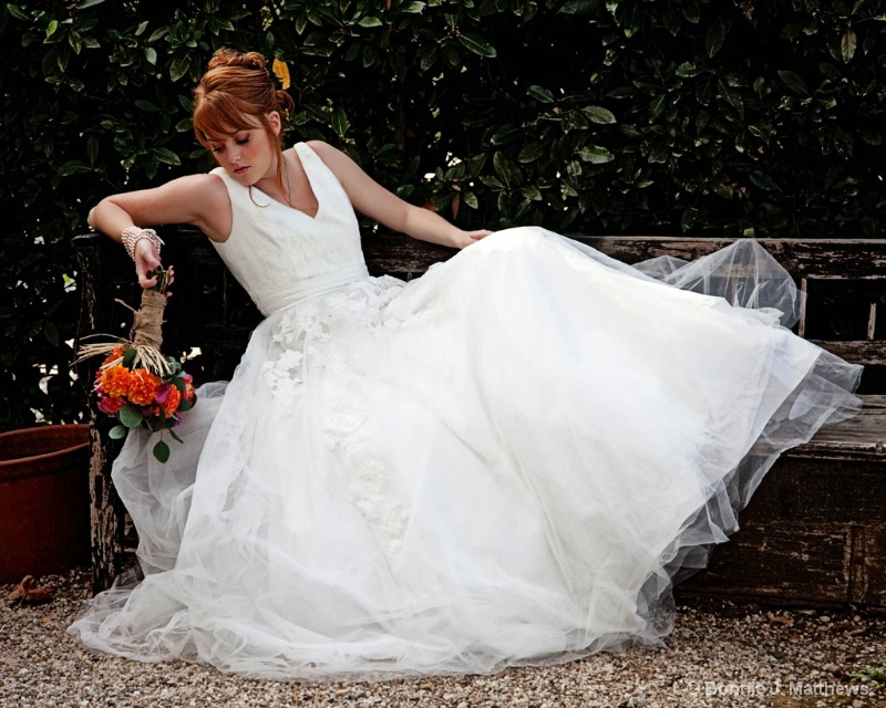 Bride Sara-Waiting