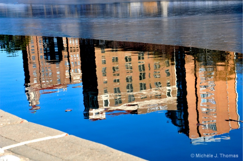 Buildings Reflected Under Ice !