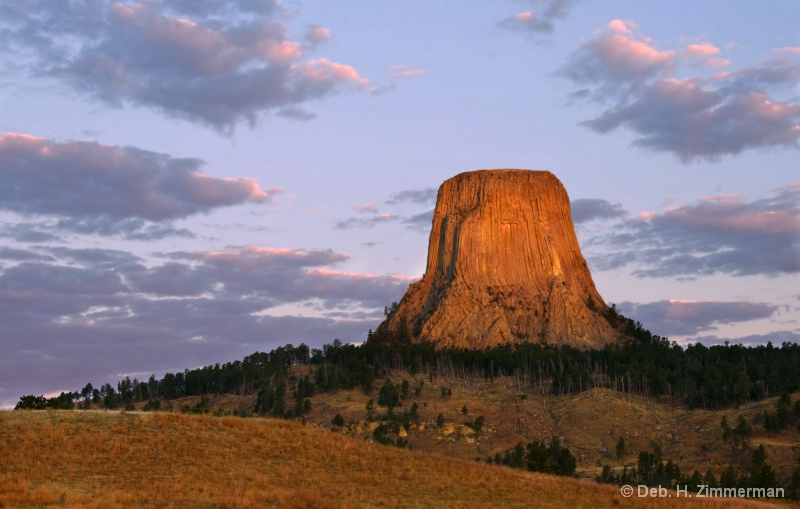 Oct. sunrise on Devil's Tower