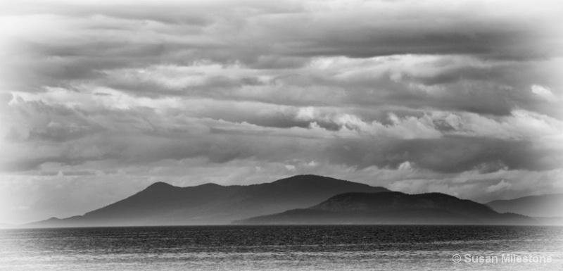 Whidbey Island B&W 0782