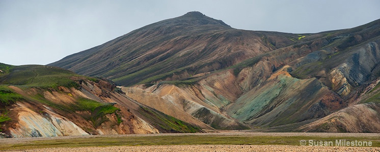 Iceland Colorful Mountains Pan 2_1