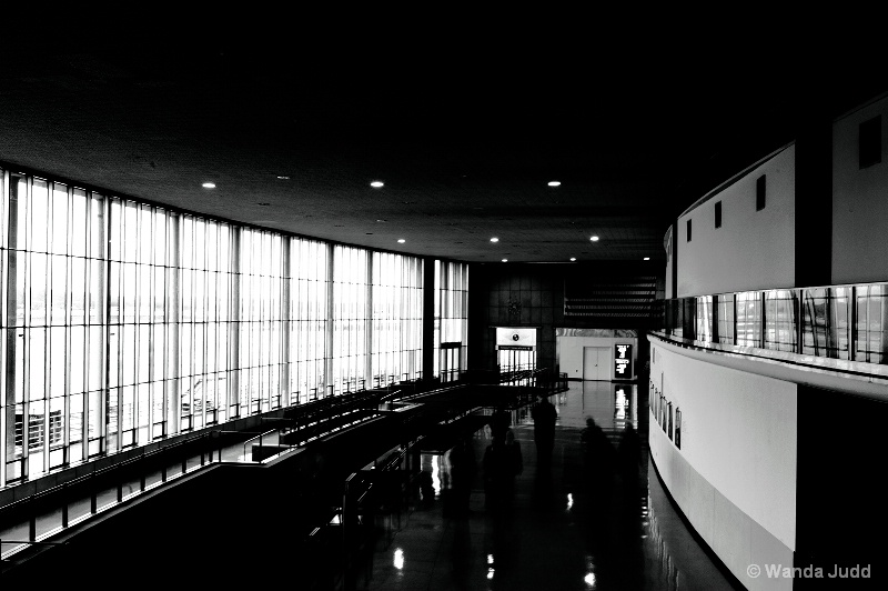 National Airport B&W
