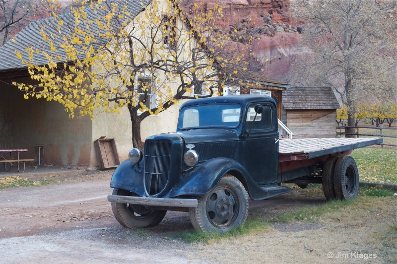 Old Ford flatbed truck and Gifford Farmhouse