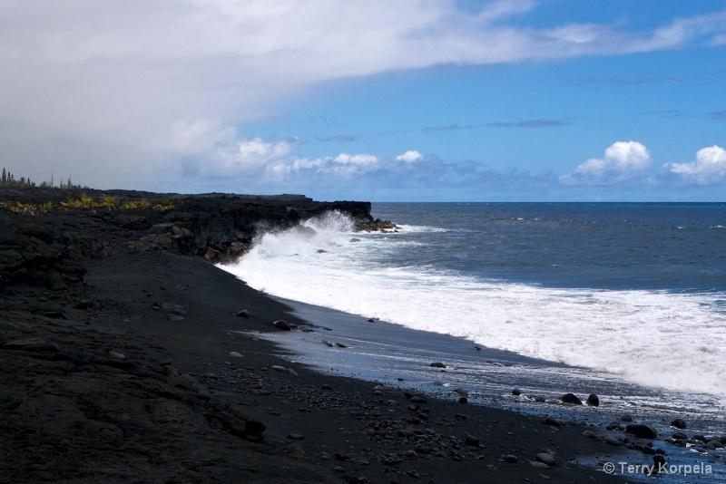 Black Beach Hawaii