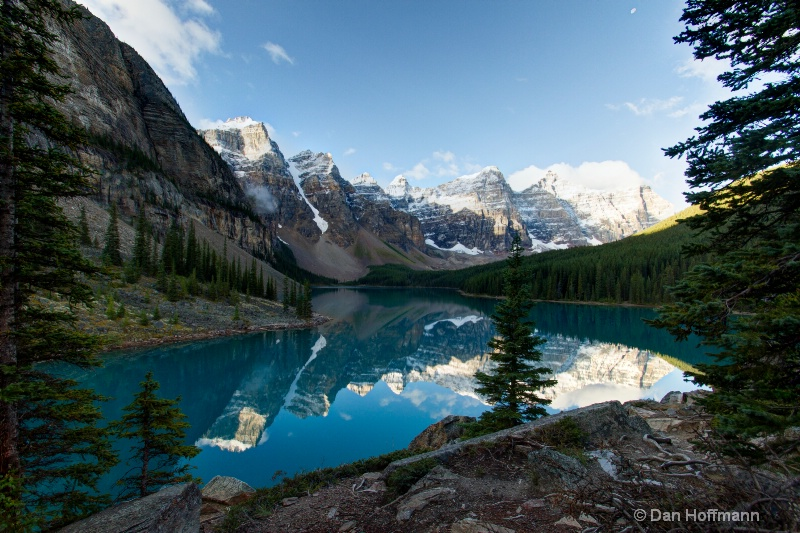 moraine lake reflection