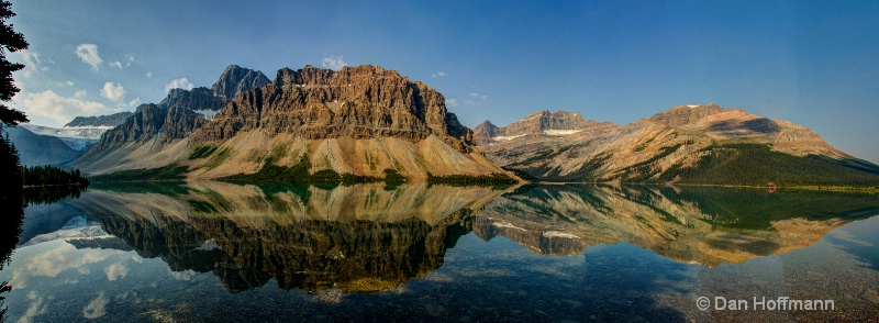 panorama crowfoot moutain   bow lake