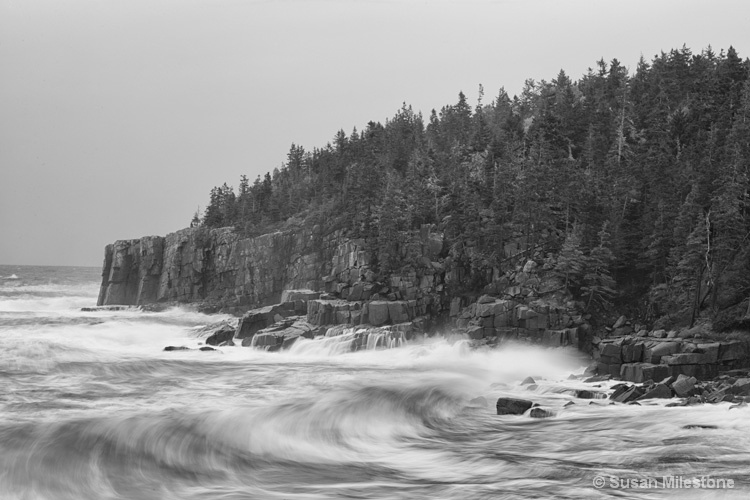 Boulder Beach Storm B&W 6473, Acadia NP