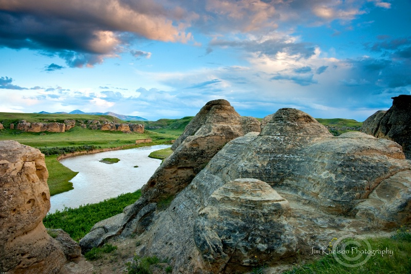 Milk River at Writing on Stone Provincial Park