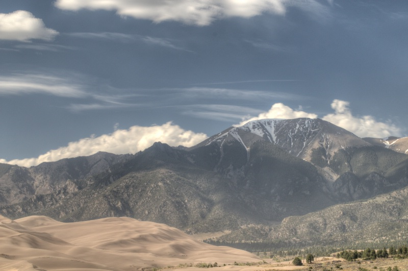 Great Sand Dunes and Mt.Zwischen