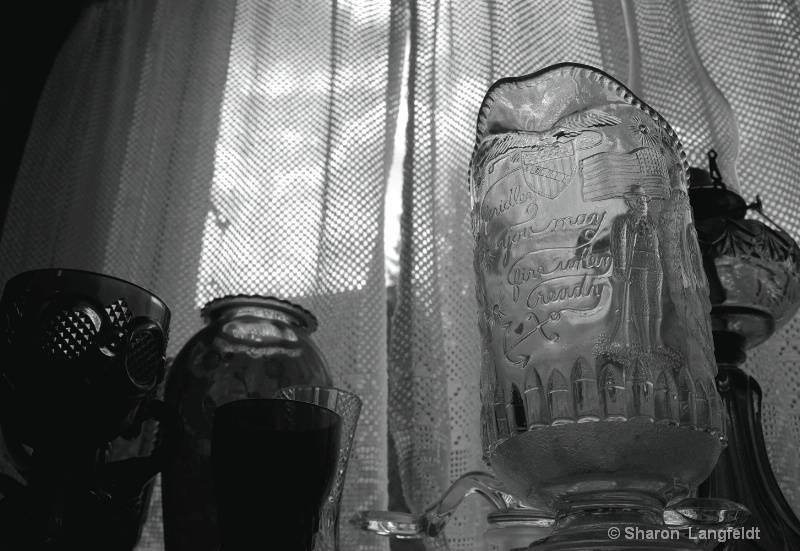 glass of the past b w