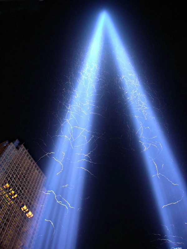Tribute Of Light 9-11
