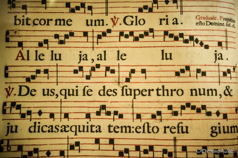 Medieval Music Praising God