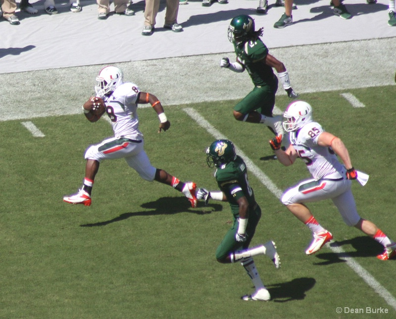 """Duke Johnson #8, UM @ USF 9/28/2013"""