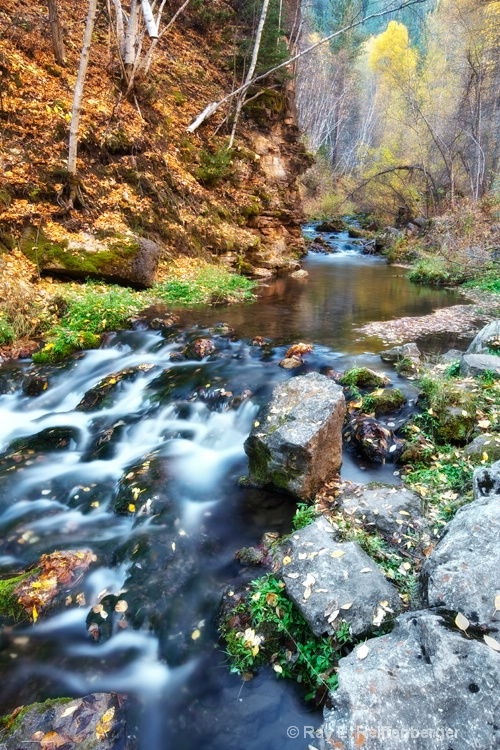 img 1069 stream lake falls