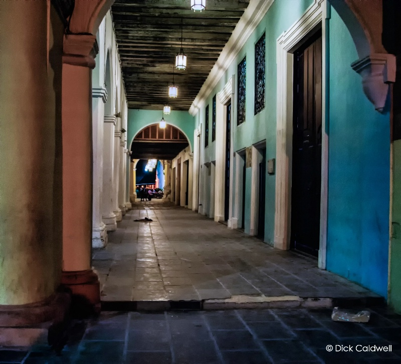 Night colonnades, Havana