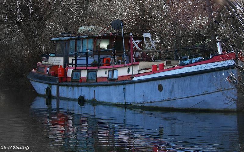 Boat at St Pancreas Canal