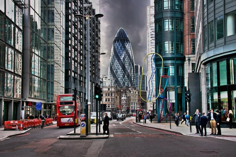 Towards the City London