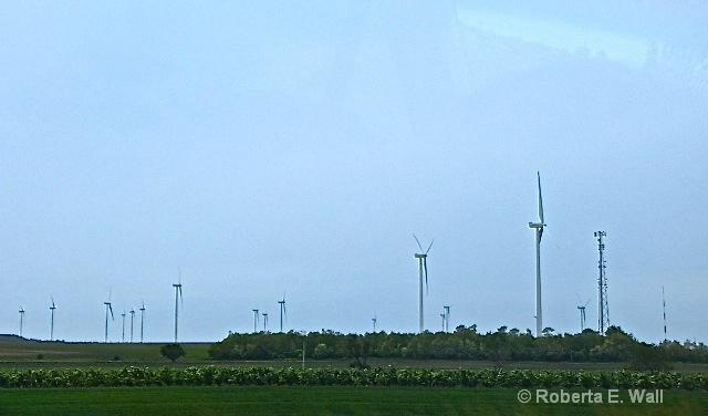 new windmills in hungary