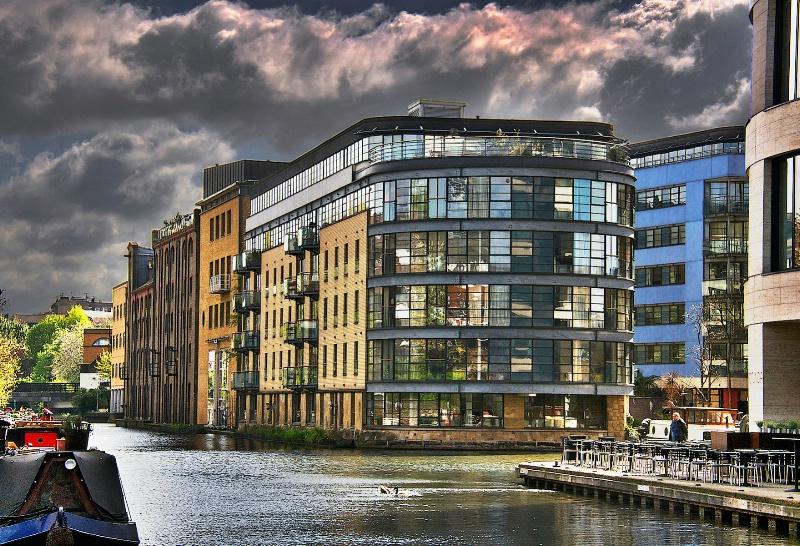 London Waterway  HDR
