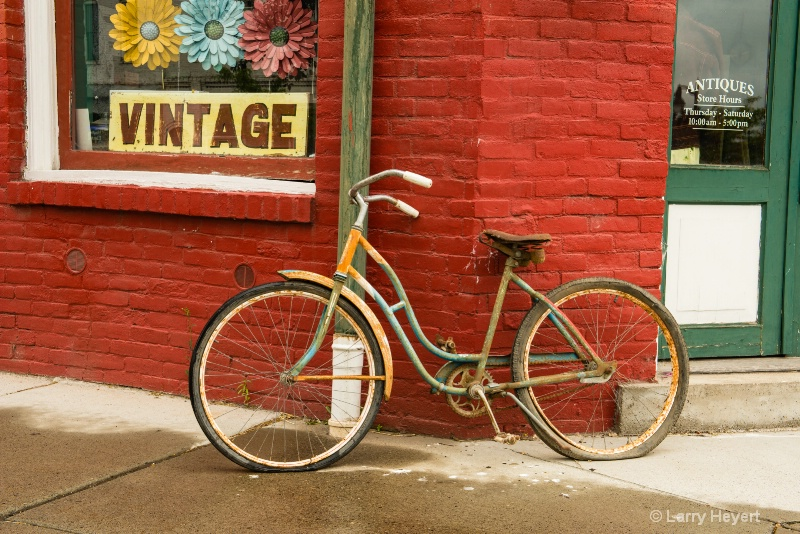Old Bike in Palouse City, WA