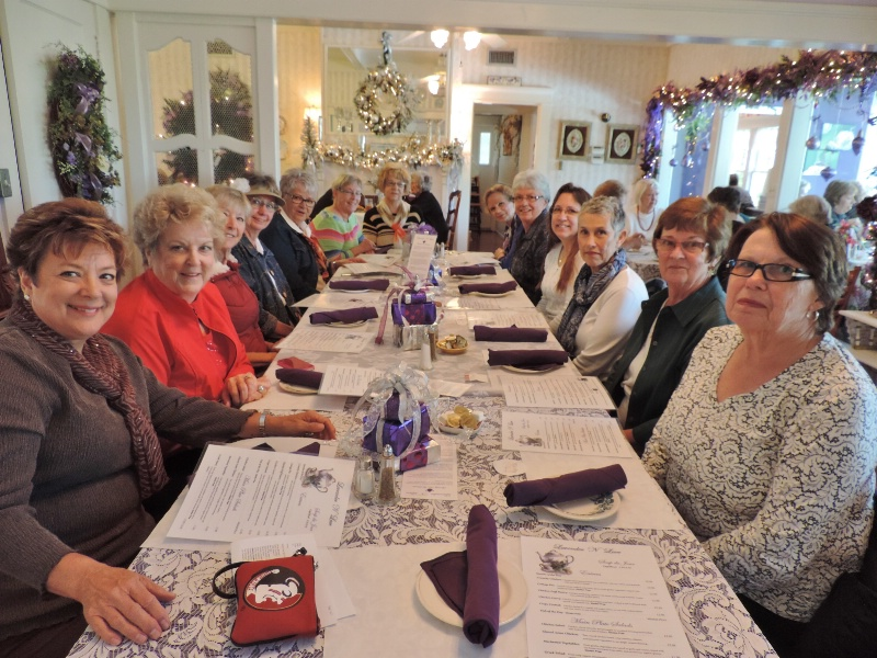 TABLE OF FOURTEEN ENJOY LADIES  DAY OUT