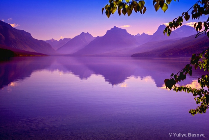 Dawn on Lake McDonald<p>