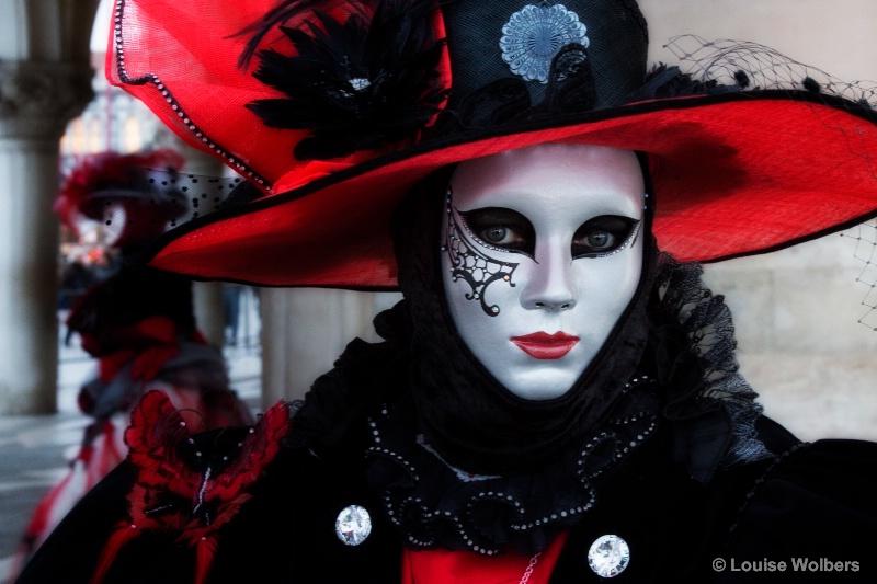 Black & Red in Venice