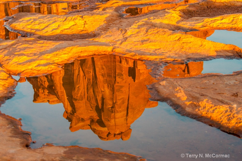 Rock Formation & reflection