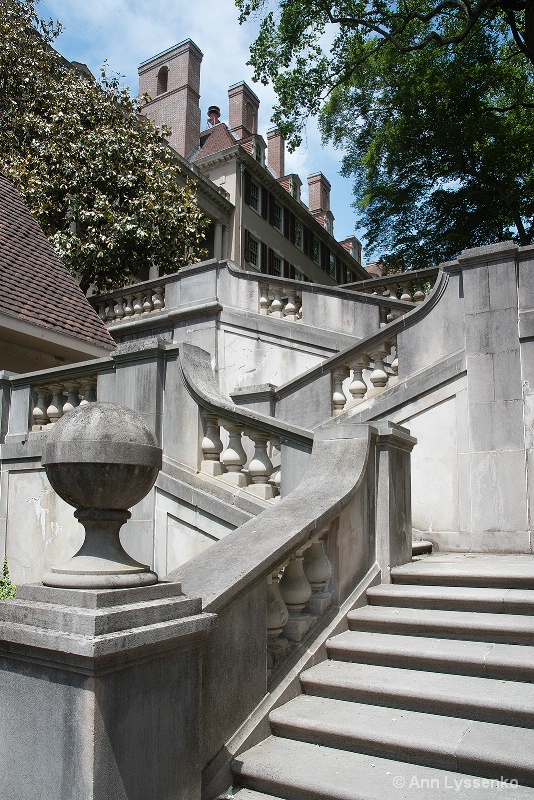 Staircase to the Big House